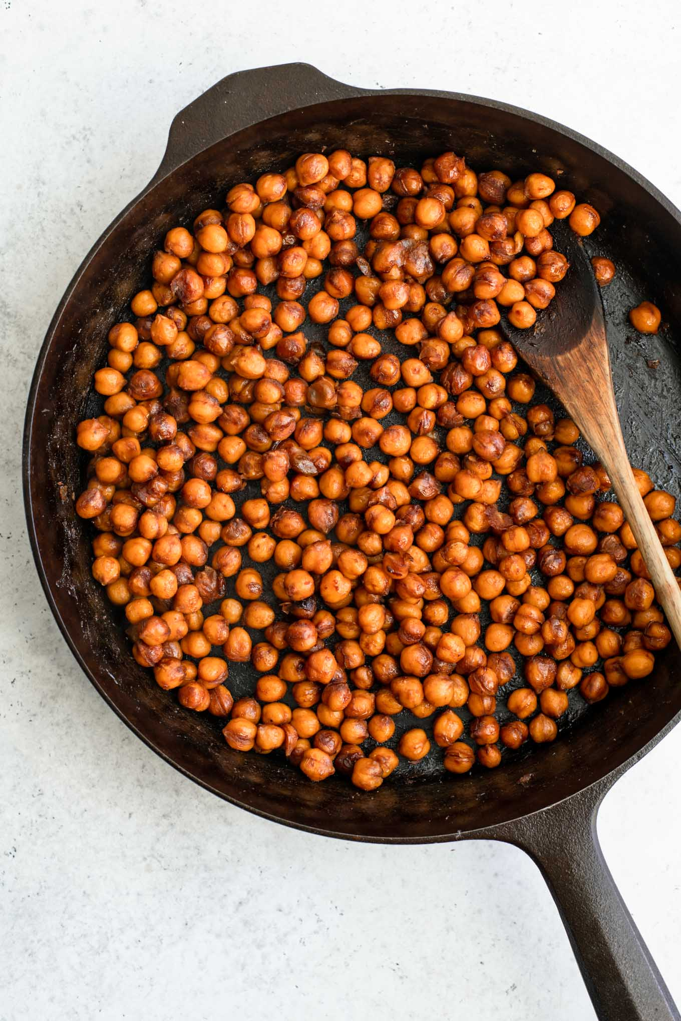 smoky chickpeas in cast iron skillet