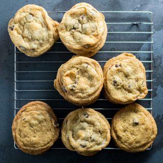 vegan chocolate chip marshmallow cookies