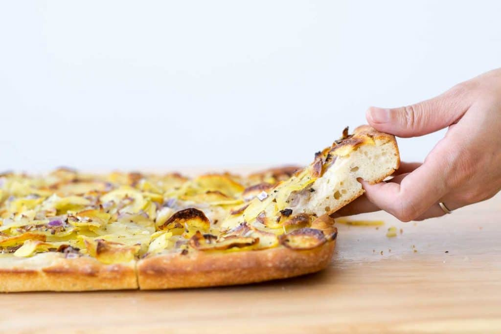 vegan potato pan pizza