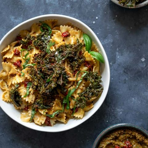 Sun dried tomato and kale pesto pasta with pesto crusted kale chips