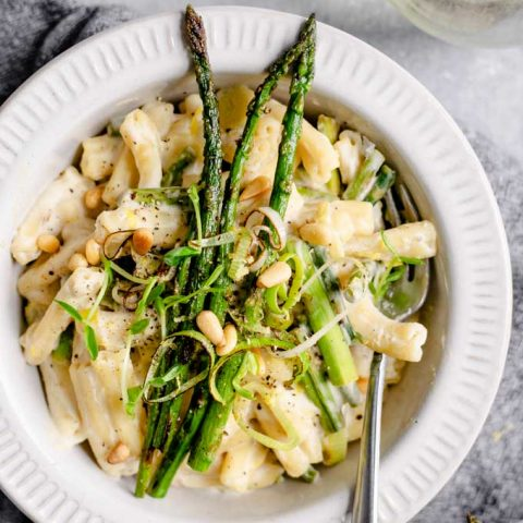 Vegan Creamy Asparagus and Leek Pasta
