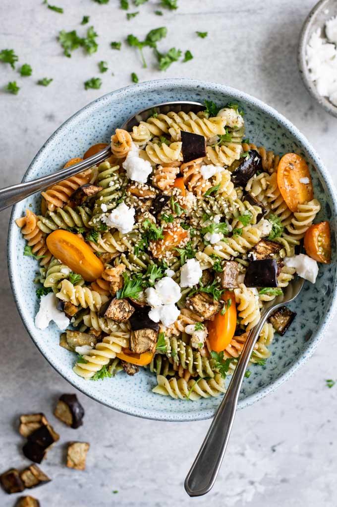 a large bowl of the za'atar pasta salad ready to serve