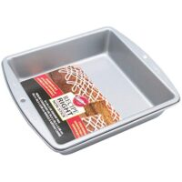 "Wilton 2105-956 Recipe Right Non-Stick 8 Inch Square Pan, 8"" x 8"" x 2"" (1-Unit)"