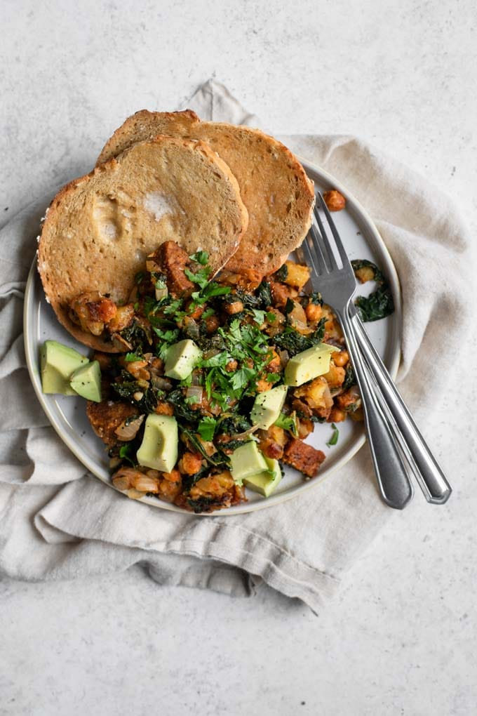 vegan breakfast hash with kale