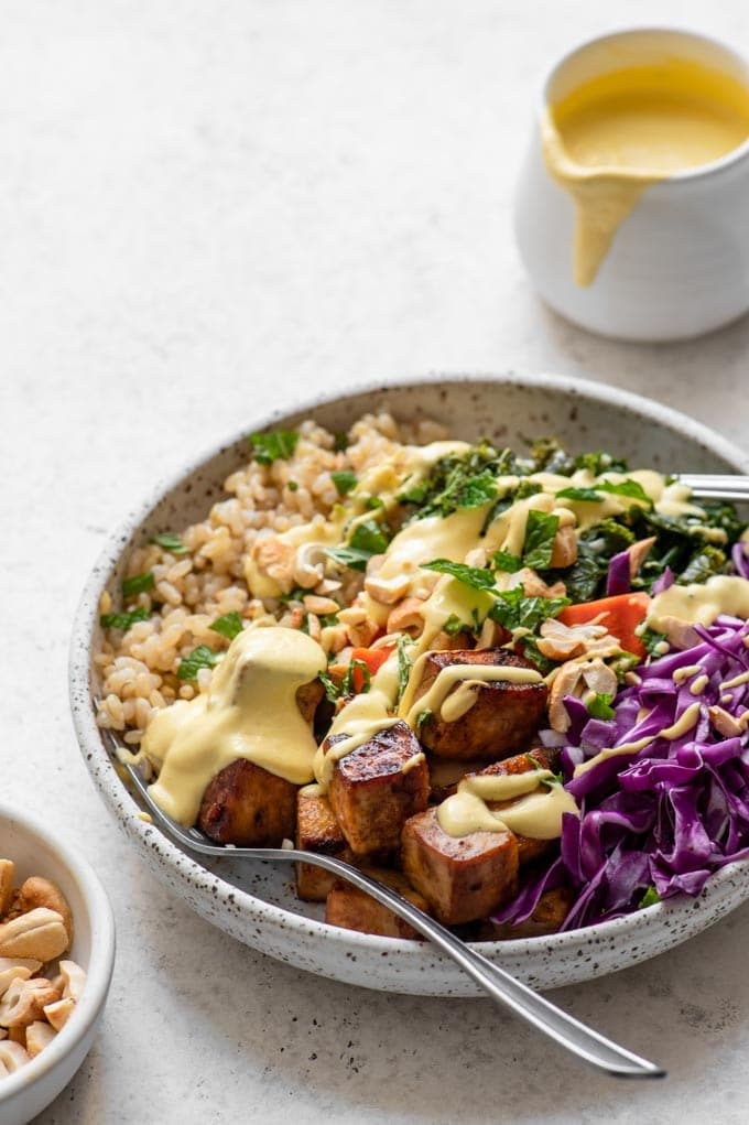 tofu buddha bowls with carrot ginger dressing